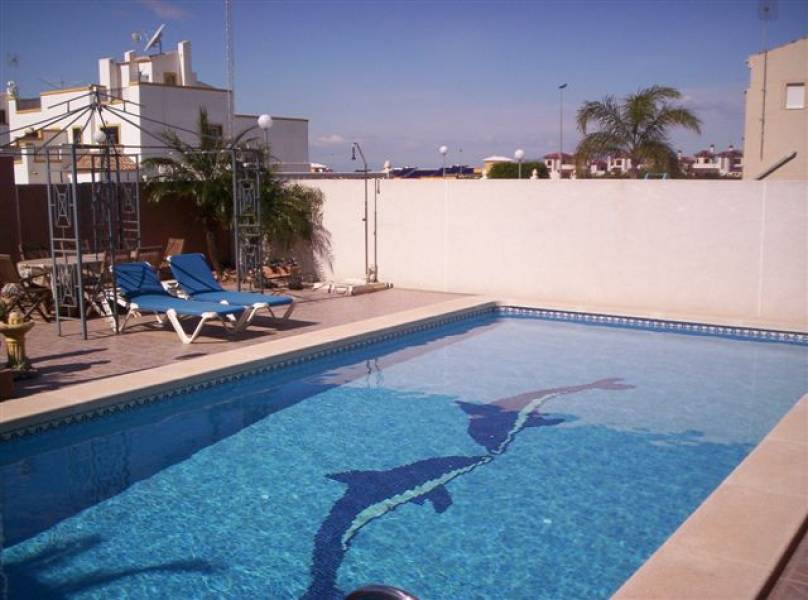Fully furnished private 10x5 pool well maintained garden for Gartenpool 10x5
